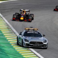 Verstappen lovend richting team na GP Brazilië: 'Hadden een goede strategie'