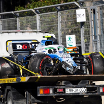 Williams confirm damage done to Kubica's car