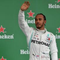 Mercedes take blame over Hamilton 'rookie error'
