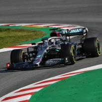 """Hamilton ziet moeilijkheden: """"Genoeg problemen op te lossen"""""""