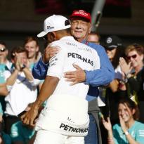 La famille de Lauda va revendre ses parts de Mercedes