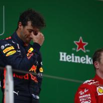 """Ricciardo: """"Als ik me op de baan vrijgevig voel, zal dat nooit richting Raikkonen zijn"""""""