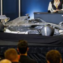 Formule 1-teams mogen pas volgend jaar aan nieuwe auto's werken