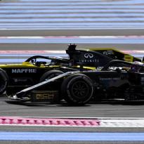 Hamilton on Ricciardo incident: 'That's not a penalty'