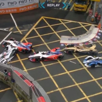 VIDEO: Wehrlein betrokken bij flinke crash in E-Prix van Hong Kong