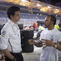 Hamilton has fixed 'complicated' life at Mercedes