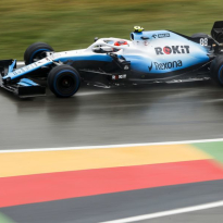 Kubica retains 'slim' chance of racing in F1 again