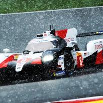 VIDÉO : Alonso triomphe à Spa... sous la neige !