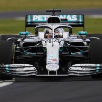 Lewis Hamilton: 'Banden zijn het grote probleem met de huidige auto's'