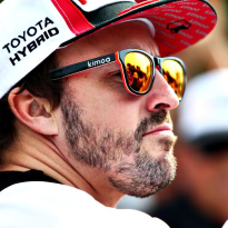 Alonso wades in on global battle