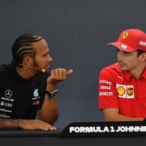 """Hamilton over aflopen contract: """"Ferrari is een optie"""""""