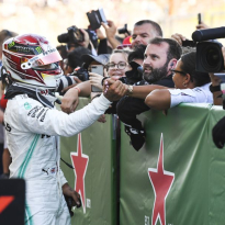 Mercedes admit Hamilton strategy error in Japan