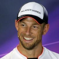 """Button stapt graag eens in F1-auto: """"Denk dat ik als coureur vergeten ben"""""""