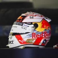 FIA geeft toe aan wens coureurs: geen limiet meer op speciale helmdesigns