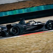 Mercedes confirme ses pilotes en Formule E