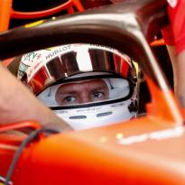 Vettel kritisch op zichzelf: 'Prestaties zo nu en dan ondermaats'