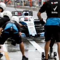''Team als Williams heeft het recht niet om even snel te zijn als Ferrari of Mercedes''