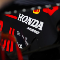 Honda confirms new F1 deal with Red Bull, Toro Rosso