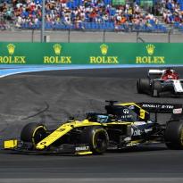 """Hamilton, à propos de Ricciardo : """"Ça ne mérite pas une pénalité"""""""