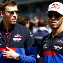 Toro Rosso-coureurs Kvyat en Gasly over mislopen Red Bull-stoeltje