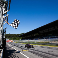 Formule 2 (VIDÉOS) : Première pour Matsushita, de Vries creuse l'écart