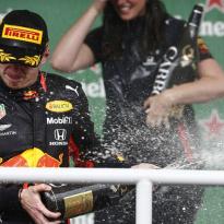 """Horner: """"Overwinning Verstappen is aan haar te danken"""""""