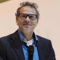 Villeneuve: 'Wonder dat er niet meer coureurs overleden zijn door Schumacher'