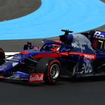 Kvyat to start French GP last