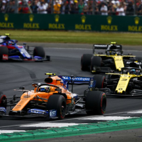 Ricciardo: McLaren easier to drive than Renault