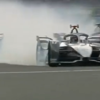 VIDEO: Nyck de Vries crasht met landgenoot Frijns in Formule E-race Mexico