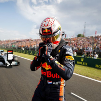 Verstappen pinpoints Honda's strength over Renault