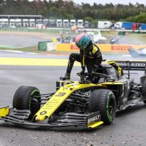 Renault reconnaît avoir 'sous-estimé' son retour en F1