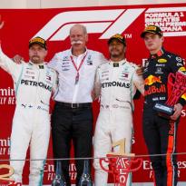 """Verstappen over dominant Mercedes: """"Ze hebben ook wel geluk"""""""