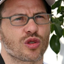 Villeneuve haalt uit naar Liberty media: 'Het enige wat ze interesseert is geld'