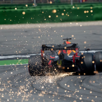 Red Bull Racing probeert het met een uitzonderlijke achtervleugel in Monza