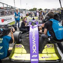 Formule 1 voegt W Series toe aan voorprogramma van twee raceweekenden