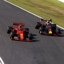 Verstappen furious with 'irresponsible' Leclerc following Japan GP crash