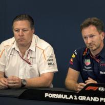 Zak Brown bekritiseert Red Bull: 'Ze zijn behoorlijk hard voor hun coureurs'
