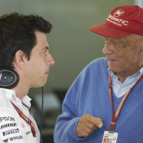 Décès de Niki Lauda : Mercedes perd une légende 'irremplaçable'