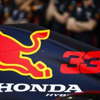 Megapopulaire Verstappen stuwt verkoop van Red Bull-blikjes omhoog
