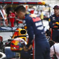 """Johnny Herbert: """"Het mag niet gebeuren dat Red Bull traag op gang komt"""""""