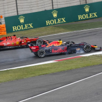 Verstappen: Vettel not a magical driver