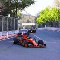 Les médias italiens incendient Ferrari et Vettel après Bakou