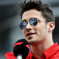"""Charles Leclerc: """"Ferrari moet wel realistisch blijven"""""""