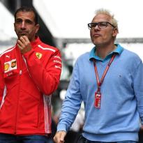 Villeneuve: 'Wat Verstappen deed, zou niet moeten kunnen'