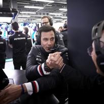 Mercedes confirme : il y avait un plan pour piéger Ferrari à Bakou