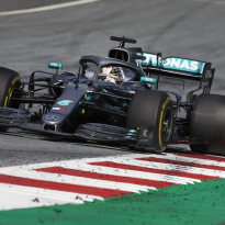 Mercedes explain Hamilton front-wing damage in Austria