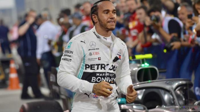 Hamilton baalt van slechte starts: 'In Bahrein opnieuw niet goed'