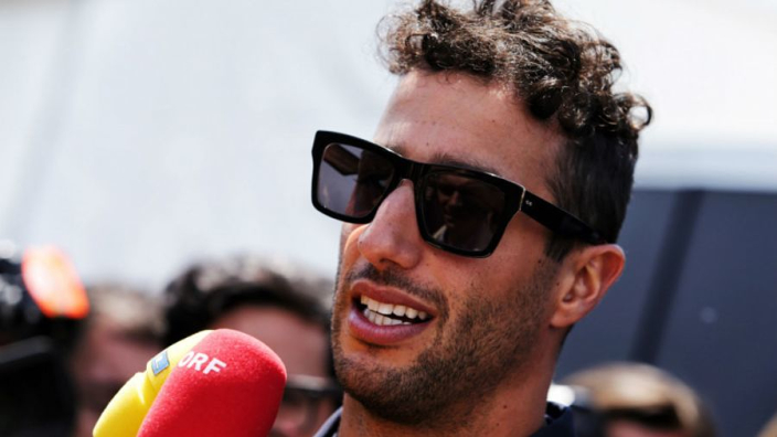 Ricciardo lifts lid on Mercedes talks in 2018