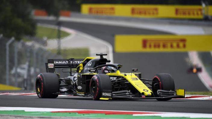 """Ricciardo: """"Het zou geweldig zijn als het dit weekend nat blijft"""""""